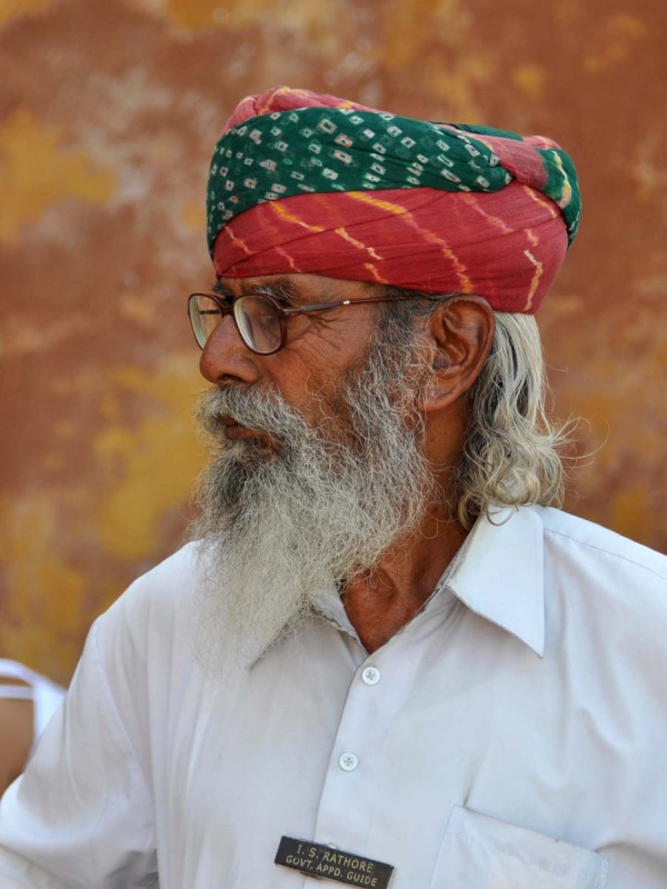 Гид в форте Амбер. Джайпур.