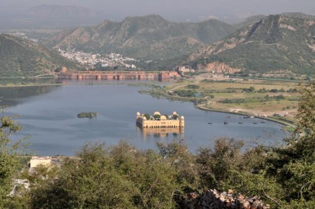 Джайпур. Вид на Джал Махал.