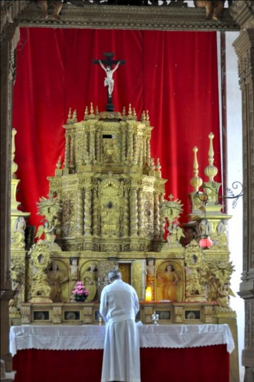 Старый Гоа. Базилика Bom Jesus