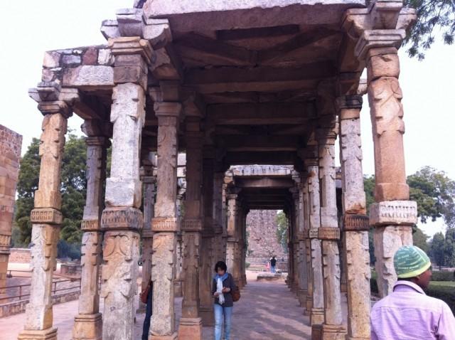 Мусульманская и индуистская архитектурные традиции имеют много общего