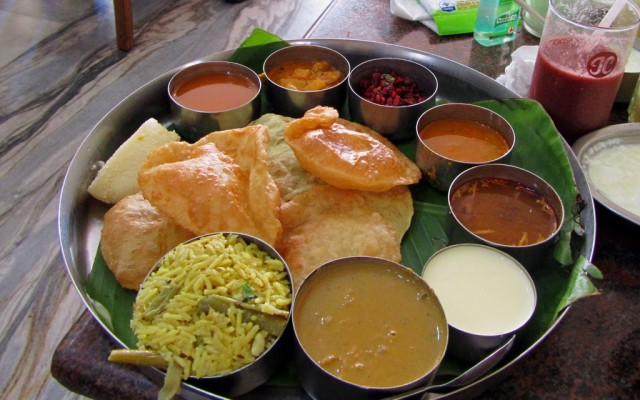 Тали в кафе Indra Paras