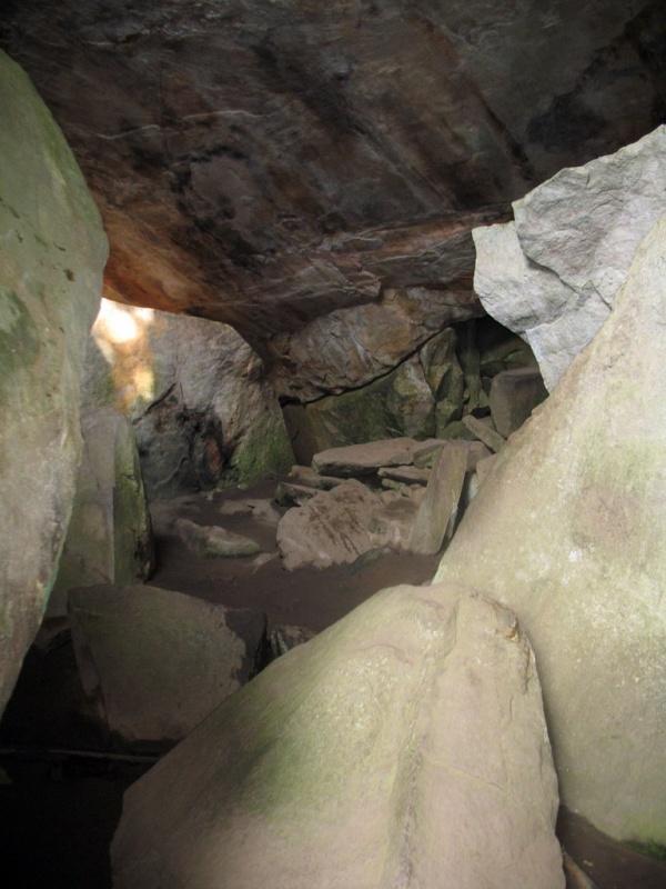 Кто с клаустрофобией - до пещер не дойдет