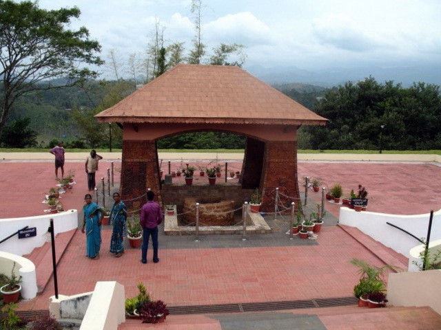 Гробница Паласси Раджи