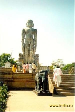 Статуя Бахубали