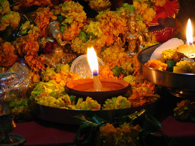 Светильник в честь Дивали