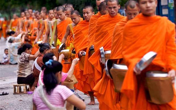 Монахи-тхеравадийцы