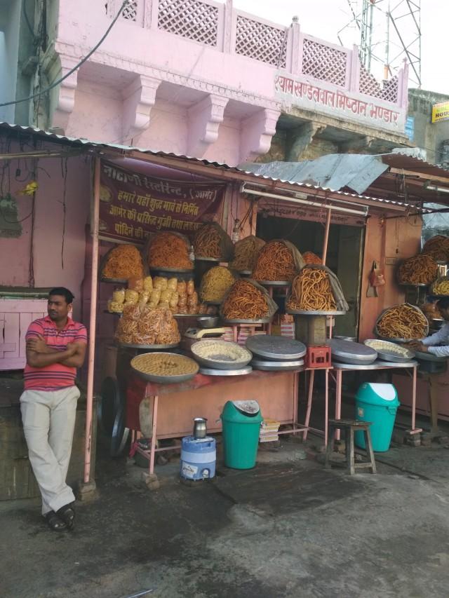 вкусняшки в Джайпуре