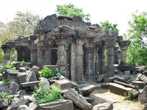 Руины храма. Lonar