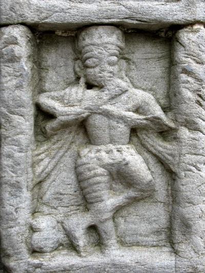 Кришна. Рельеф на стене храма