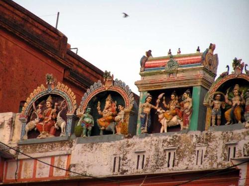 Варанаси, храмик у гхатов