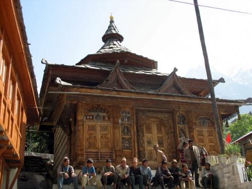 храм Беринг Нага. Сангла