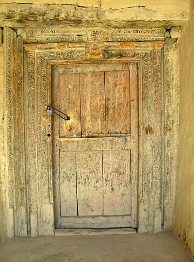 Старая дверь. Монастырь Табо