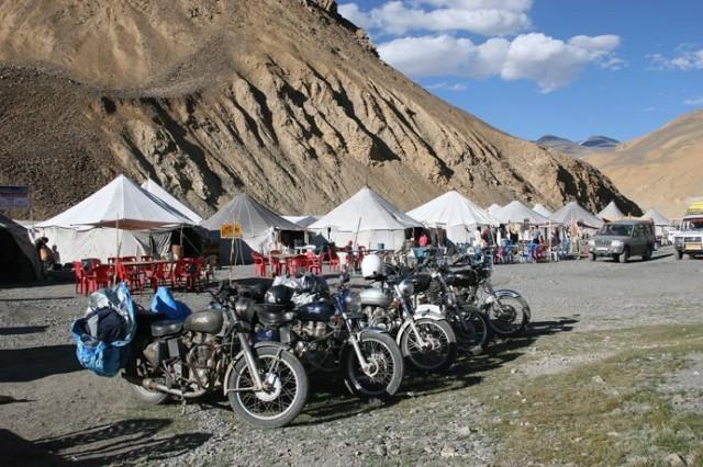 Место для отдыха на пути из Манали в Ладакх