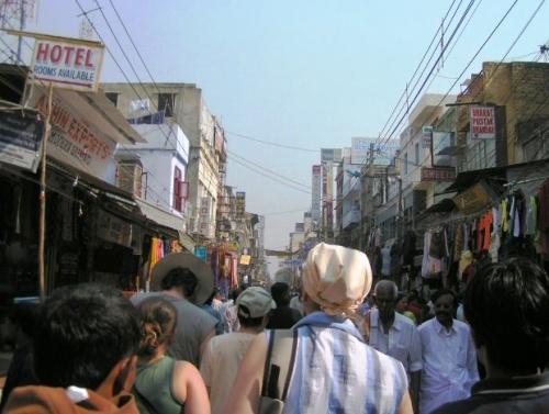 Народу в Индии много и это сразу чувствуется!