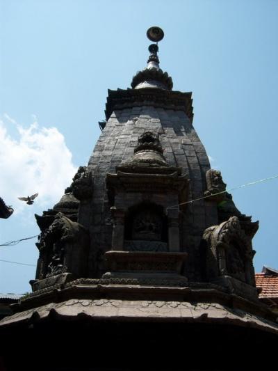 Храм в Чобаре