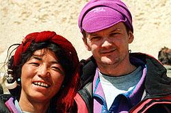 Мельников с местным жителем поселка Тенгри (Тибет, Китай)