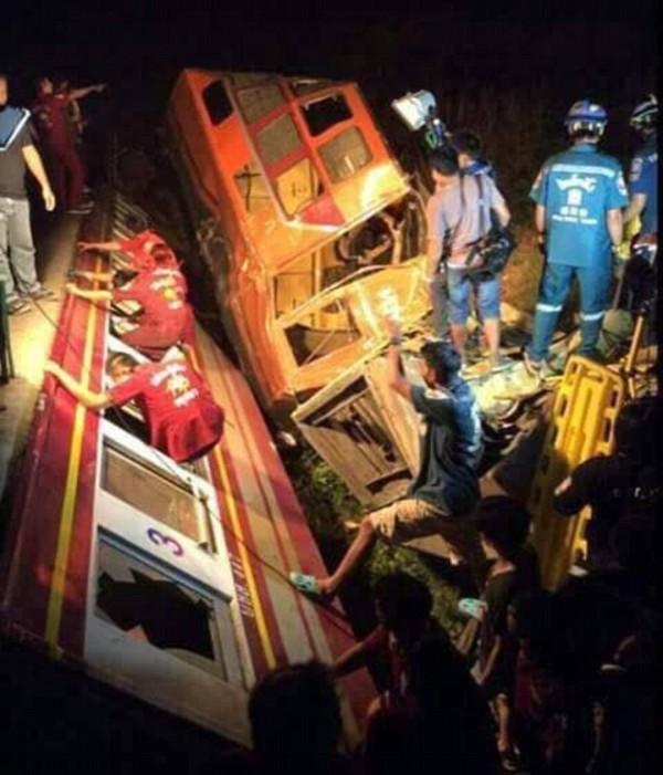 Столкновение поездов в Таиланде