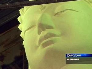 Гипсовая модель статуи Будды