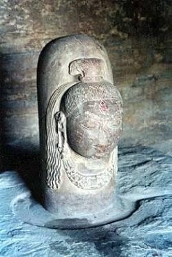 Фаллос - символ бога Шивы в индуизме