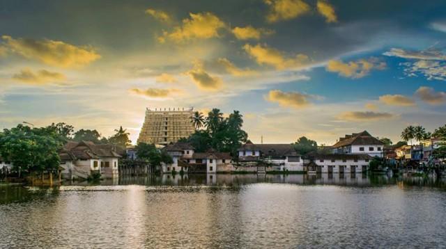 Храм Падманабхасвами, Тривандрум, Керала