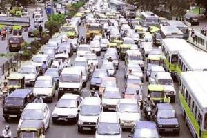 Дорожное движение в Дели