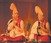 "Горловое пение на фестивале ""Тибет"""