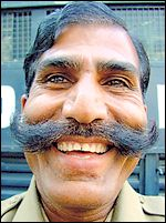 Индийский полицейский