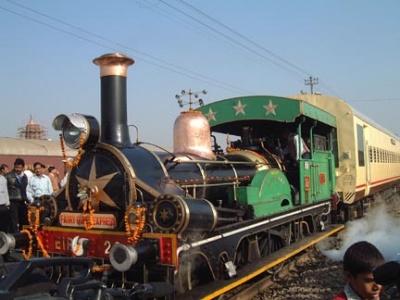 Индийский паровоз