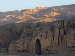 Панорама скальных монастырей в Бамиане