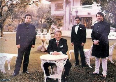 Радж Капур с сыновьями Радживом,Риши,Рандхиром
