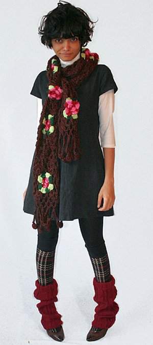 Этот цветочный шарф 40 лет назад украшал шею девушки-хиппи