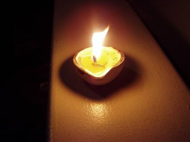 Светильник - символ Дивали
