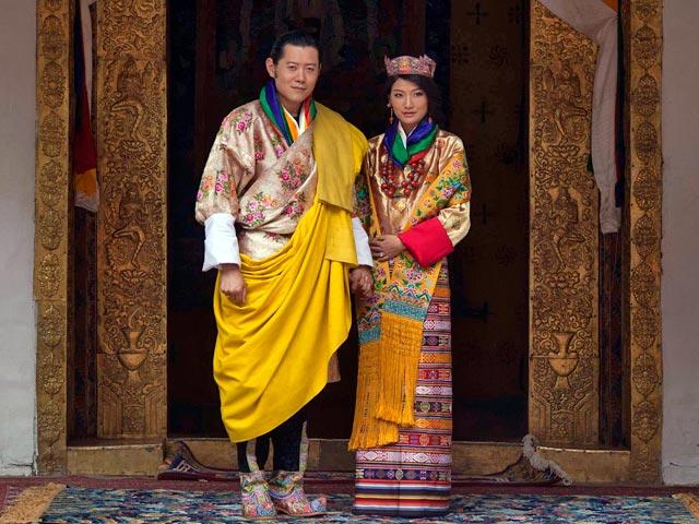 31-летний король Бутана Джигме Кхесар Намгьял Вангчук в четверг утром женился на своей избраннице