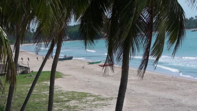 Вид из отеля в Тринкомали, Уппавели