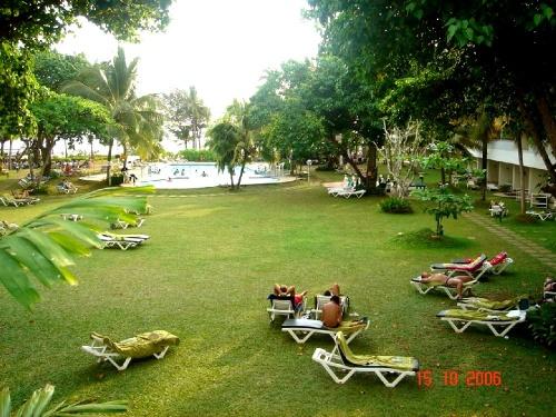 Club Palm Garden. Территория