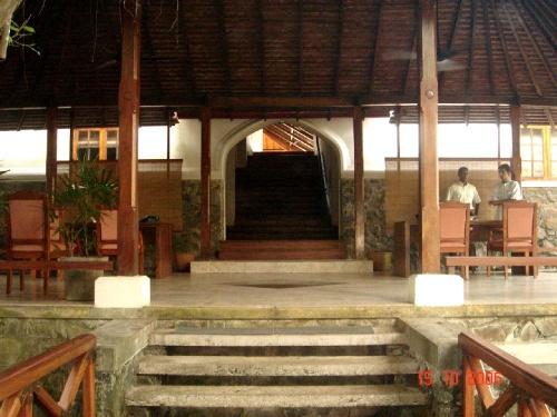 Saman Villas.  Вход в отель